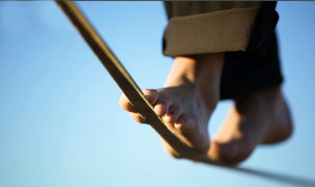 Seus passos definem para onde você vai. Pode ir para o lado, para trás e para frente. Pra onde quer ir ?