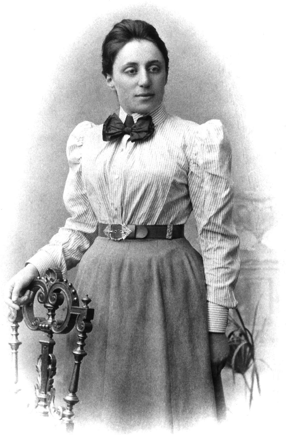 Tem Na Web - Mulheres que mudaram a engenharia e a ciência: Emmy Noether